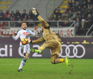 Mertens Zapata Biglia Napoli MilanPress