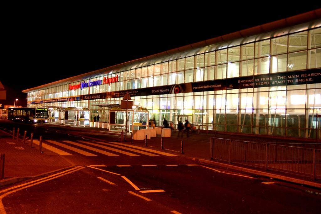 aeroporto liverpool